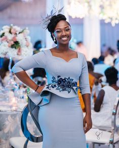from - Wedding guests are the sparks of most events. Powered by Pls tag… from - Wedding guests are the sparks of most events. Powered by Pls tag… Latest African Fashion Dresses, African Print Fashion, Women's Fashion Dresses, English Dress, English Gown Styles, Gowns Of Elegance, Elegant Outfit, Contemporary Fashion, African Dress