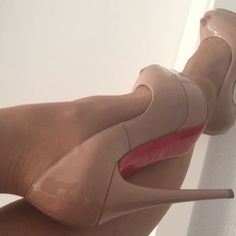 I'm just in the mood for an after shopping dangling....- [x] #highheels#heels#heelsaddict#heelscollector#iloveheels#louboutin#louboutins#instabeauty#bestoftheday#bestpics#picoftheday#instabest#instaladies#shoeporn#longlegs#sexylegs#feet#nylon#blondehair#longhair#luxurylady#ladyluxury#fashionaddict#fashionista#fashionblogger#fashionlover#follow#followme