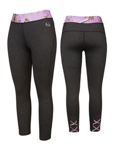 The Aero Capri is perfect for the gym, trail or even the café. The most popular women's active style of the moment is a strappy yoga capri with straps across the calf. Popularized by Free People and other top brands, this ballet-inspired style is feminine and fun, and best of all features the Realtree Xtra print. Don't forget about the hidden pocket at the front hip that holds your house key or debit card for a quick run out.