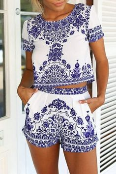 Retro Floral Print Short Sleeve T-Shirt and Shorts Suit
