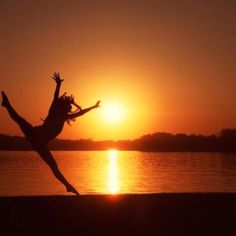 dance pictures by the lake <3