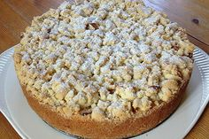 Apfel – Streuselkuchen mit Pudding Apple crumble cake with pudding, a delicious recipe from the category of cakes. Easy Baking Recipes, Apple Recipes, Cake Recipes, Snack Recipes, Dessert Recipes, Pudding Desserts, Pudding Cake, Apple Crumble Cake, Apple Cake