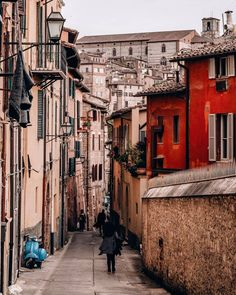 Perugia, italy best places in italy, things to do in italy, perugia italy, Best Places In Italy, Things To Do In Italy, Places Around The World, Travel Around The World, Around The Worlds, Places To Travel, Places To Go, Perugia Italy, Color Of Life