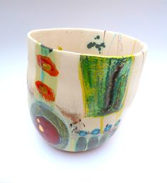 Medium vessel © Linda Styles Ceramics 2014