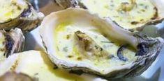 Huitres chaudes au beurre d'herbes Idéale pour un repas de fêtes, voici une recette gourmande d'huîtres chaudes agrémentées d'un beurre d'herbes fraîches et d'échalotes. Un plat festif à déguster en entrée pour contenter les grands amateurs de fruits de mer.