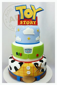 Easy Toy Story Cakes | Uploaded to Pinterest