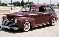 1946 Ford Super Deluxe Tudor Sedan