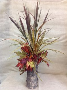Natural beauty, using cattails, fall leaves.  #homefinishings
