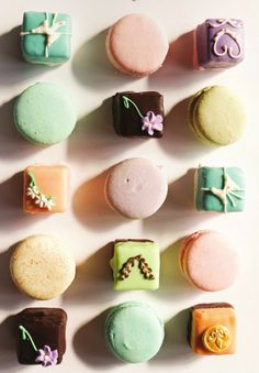 Bon Appetite! Show your love this holiday season with the perfect hostess gift, a set of petit fours and macarons from Sweet Hearts Patisserie in Annapolis (page 87 of our gift guide). Our Holiday Gift Guide has over 10 wonderful hostess gifts as well as the perfect something for everyone on your list!