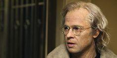 Brad Pitt invecchiato praticamente è Enrico Mentana.