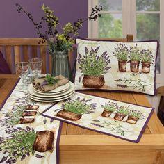 Tischläufer, Tischsets und Kissen LAVENDER von Sander Tischwäsche