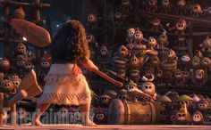 Baymax from Big Hero 6 makes an appearance as a Kakamora in Moana. 19 Little Disney Movie Details That Will Blow Your Damn Mind Disney And More, Disney Love, Disney Magic, Baymax, Big Hero 6, Disney And Dreamworks, Disney Pixar, Disney Conspiracy, Disney Easter Eggs