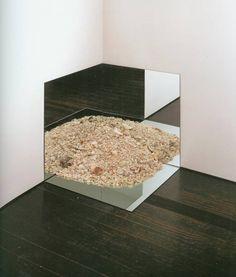 Robert Smithson - Mirror With Crushed Shells, 1969