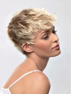 Beautiful Short Pixie Hairstyles for Fine Hair ~ http://heledis.com/beautiful-short-pixie-hairstyles/