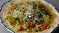 Snelle minestrone - recept   24Kitchen Good Pizza, Catering, Food, Home, Pizza, Meal, Eten, Meals