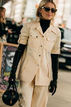 Street Style Trends, Gloves Fashion, Fashion Boots, Black Leather Gloves, Leather Jacket, Long Gloves, Women's Gloves, Elegant Gloves, Fashion Week