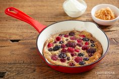 Who wants breakfast? Berry Omlette on the Program I Quit Sugar I'm trying to Pin It to WIN IT Sugar Free Recipes, Clean Recipes, Paleo Breakfast, Breakfast Recipes, Dairy Free Options, No Sugar Foods, I Foods, Food Videos, Food Inspiration