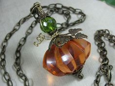 Awesome repurposing jewelry etsy shop. Fantastic ideas and beautiful pieces.