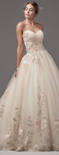 Wedding Dress | The Wedding Pin