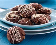 Perfectas para todos los peques que son celiacos. La masa de estas galletas de chocolate sin gluten queda muy suave y hacerlas es de lo más sencillo. Son p