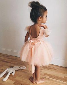 via Von - Kindermode Fashion Kids, Baby Girl Fashion, Korean Fashion, Ladies Fashion, Fashion Clothes, Winter Fashion, Fashion Design, Fashion Trends, Cute Kids