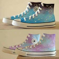 Los amoooo Harajuku Fashion, Kawaii Fashion, Converse Shoes, Galaxy Converse, Cute Converse, Galaxy Shoes, Purple Converse, Converse High, High Top Sneakers