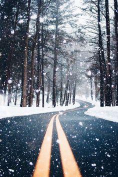 Beautiful snow falli
