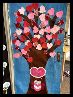 Kids love going into a classroom that has a fun and inviting decor. One way to create a fun classroom is to decorate your classroom door. Check out these creative classroom doors that you could use for your own classroom. Valentine Decorations, Valentine Crafts, Valentine Tree, Classroom Door Displays, Valentines Day Bulletin Board, School Doors, Valentines Day Activities, Classroom Crafts, Science Classroom