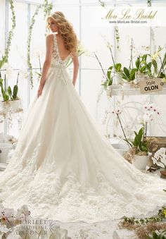 Classic Tulle Wedding Dress with Crystal Beaded 927707c6b088