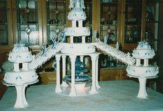 Love the fountain cakes with orange Fountain Cake, Fountain Wedding Cakes, Big Wedding Cakes, Amazing Wedding Cakes, Wilton Cakes, Cupcake Cakes, Cupcakes, Tall Cakes, Vintage Weddings