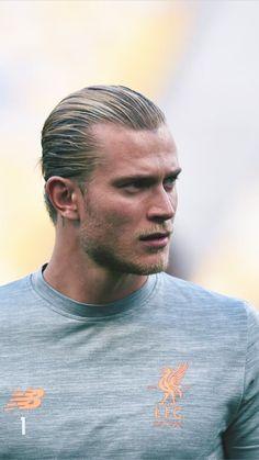 German Men, English Men, Slick Back Haircut, Paris Saint Germain Fc, Spanish Men, Fc Bayern Munich, Tottenham Hotspur Fc, Great Hairstyles, Liverpool Fc
