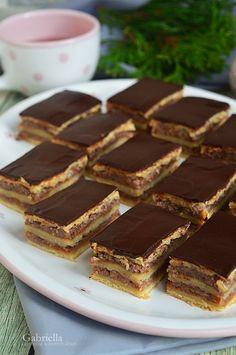 Almás zserbó Tiramisu, Sweets, Cakes, Ethnic Recipes, Sewing, Christmas, Dios, Xmas, Dressmaking