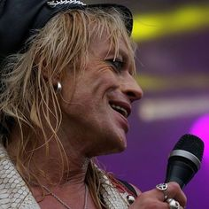 Repost from @saaraplanting ❤️ Michael Monroe at Tikkurila Festival, awesome picture yeah 🎶😀😍🎵💖