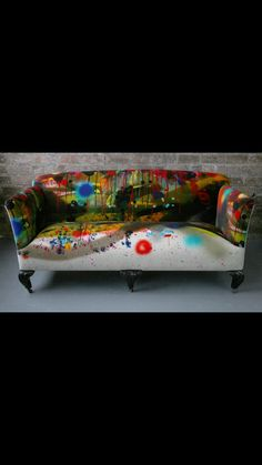 Timorous Beasties #Sillas # Arte # Chairs . Looks like this  is hand painted and we love it @ Muebles Nomad Mexico