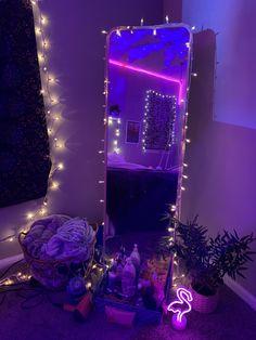 Cute Bedroom Decor, Room Design Bedroom, Teen Room Decor, Room Ideas Bedroom, Tumblr Room Decor, Pinterest Room Decor, Deco Cool, Neon Room, Cute Room Ideas