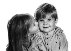 Nova foto para comemorar o 3º aniversário dos gémeos Vincent e Josephine