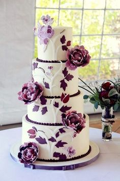 Gorgeous purple & white wedding cake design-tree with leaves and flowers Fancy Cakes, Cute Cakes, Pretty Cakes, Yummy Cakes, Beautiful Wedding Cakes, Gorgeous Cakes, Amazing Cakes, Dream Wedding, Luxury Wedding