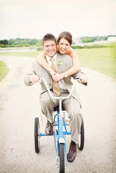bike - wedding photos