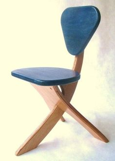 Funny Furniture, Plywood Furniture, Unique Furniture, Furniture Projects, Custom Furniture, Furniture Design, Traditional Chairs, Kids Table And Chairs, Container House Design