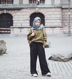 Style Hijab Remaja Kurus 58 Ideas For 2019 Hijab Casual, Hijab Chic, Ootd Hijab, Street Hijab Fashion, Muslim Fashion, Modest Fashion, Fashion Outfits, Outfit Essentials, Hijab Teen