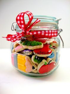 Teacher Appreciation Cookies.....love love love this cookie website. Recipes, videos....awesome!