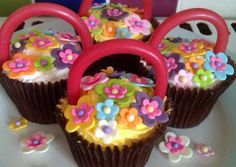 Vickys Easter Baskets / Mothers Day Cupcakes (A Decorating Idea) Recipe -  Very Tasty Food. Let's make it!