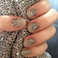 A nice neutral manicure for Fall / Thanksgiving...