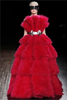 by Alexander McQueen - Fall Winter 2012/2013 collection (faux fur!)