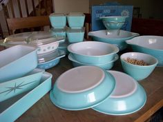 Terrific compilation of turquoise/blue Pyrex