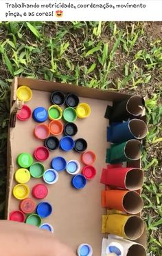 Fill the egg cartons wall with colorful pompoms to create interesting art for kids. Motor Skills Activities, Educational Activities For Kids, Indoor Activities For Kids, Games For Toddlers, Montessori Activities, Preschool Activities, Kids Learning, Fun Crafts For Kids, Kids Playing