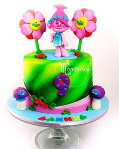Troll Cake 9th Birthday Cake, Trolls Birthday Party, Troll Party, Bolo Trolls, Trolls Cakes, Fancy Cakes, Cute Cakes, Troll Cupcakes, Airbrush Cake