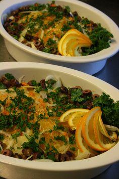 Appelsiininen salaatti yrityksen illallistilaisuuteen talvella 2014.  #salaatti #juhla #salad #appelsiini #orange