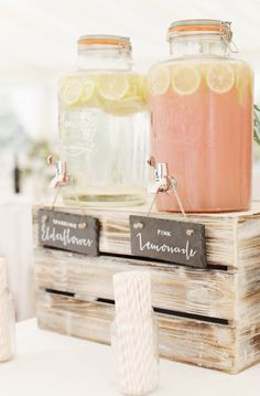 20 Awesome Ideas For Throwing The Best Garden Party Verlobungsfeier / Gartenparty Marquee Wedding, Wedding Signs, Decor Wedding, Wedding Cakes, Wedding Rustic, Wedding Ceremony, Pallet Wedding, Wedding Venues, Wedding Shower Decorations