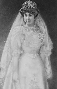 Queen Victoria Eugenie of Spain   Flickr - Photo Sharing!